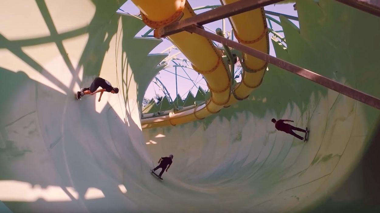 Afbeelding van Web Draait Door: Skateboarden in leeg waterpark