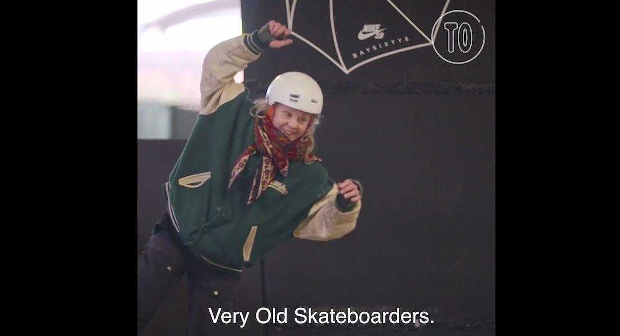 Afbeelding van Web Draait Door: oma's op een skateboard