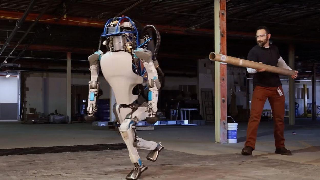 Afbeelding van Web Draait Door: 3 robots waar je mond van open valt