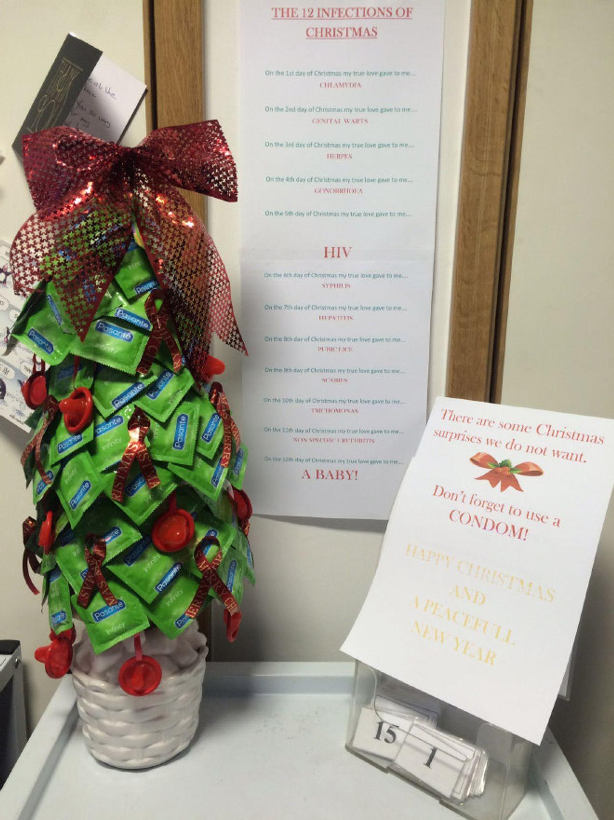 hospital-christmas-decorations19