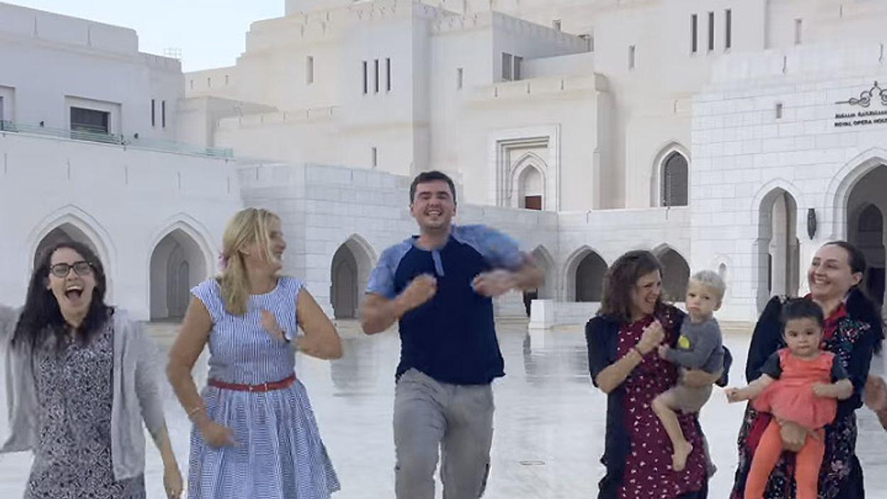 Afbeelding van Web Draait Door: Matt danst weer de wereld over