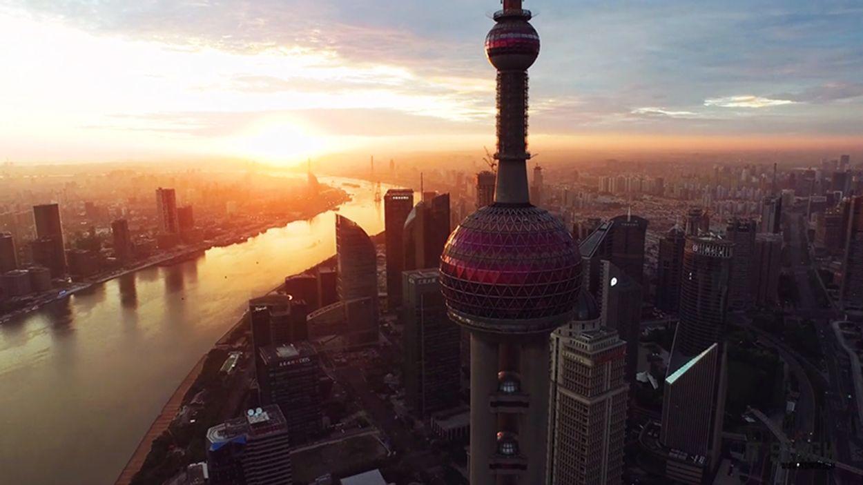 Afbeelding van Web Draait Door: Shanghai in sneltreinvaart